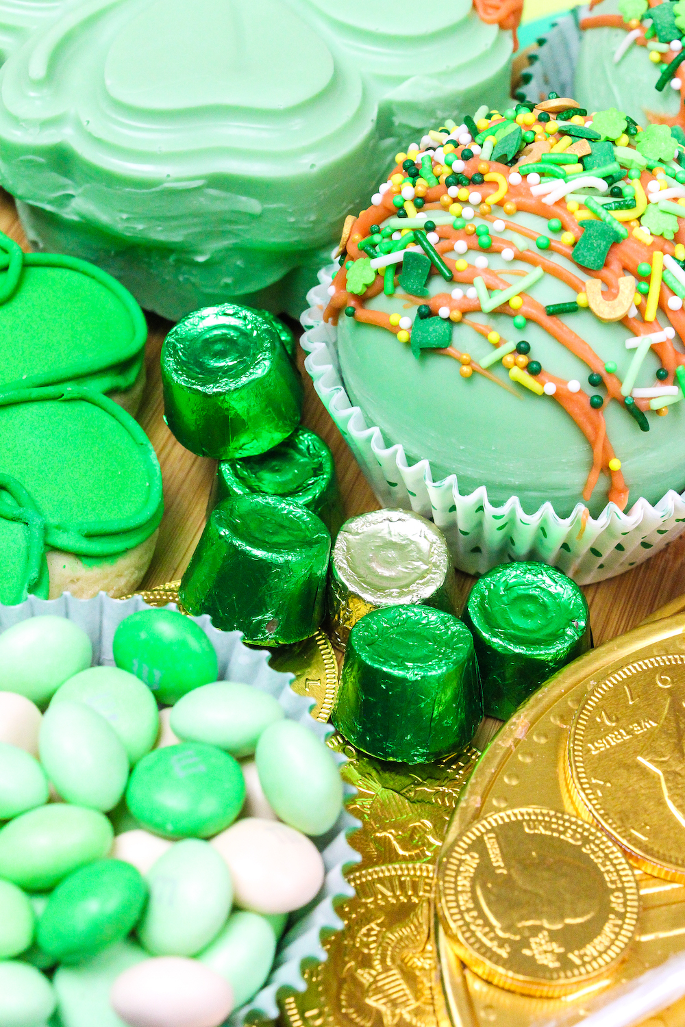 green and gold rolo candies